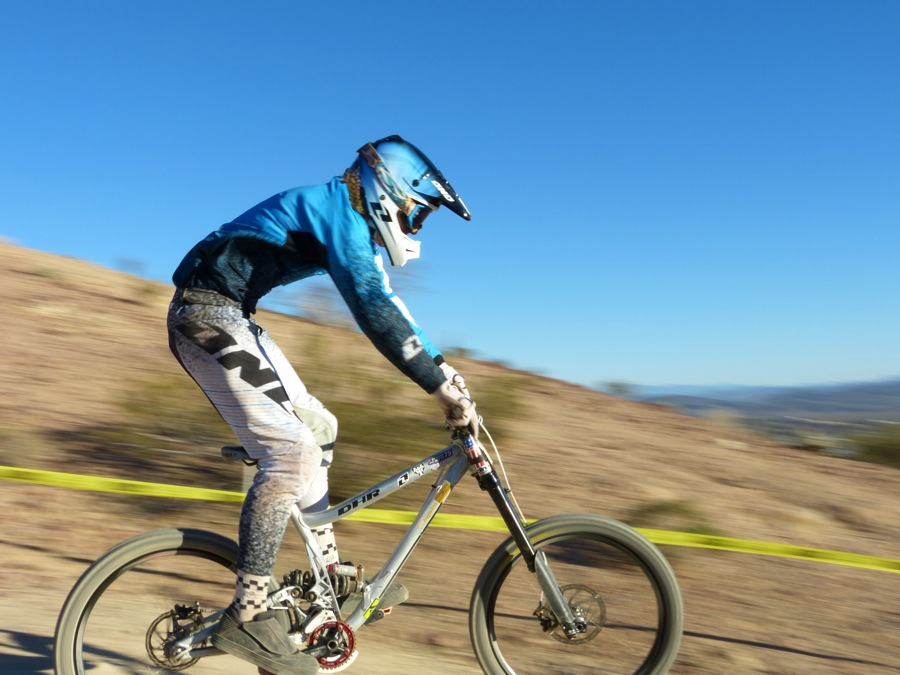 Graeme Pitts Full Speed in Chainless DH Race @ Bootleg Canyon
