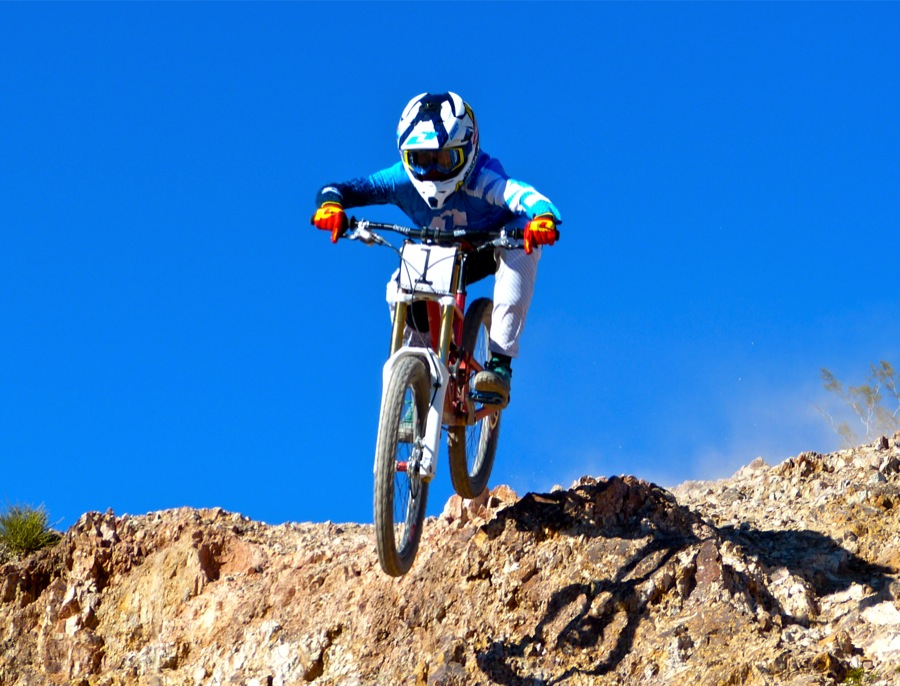 Mikey Sylvestri Dominates Men's Pro Class at Nevada State DH Cmapionships