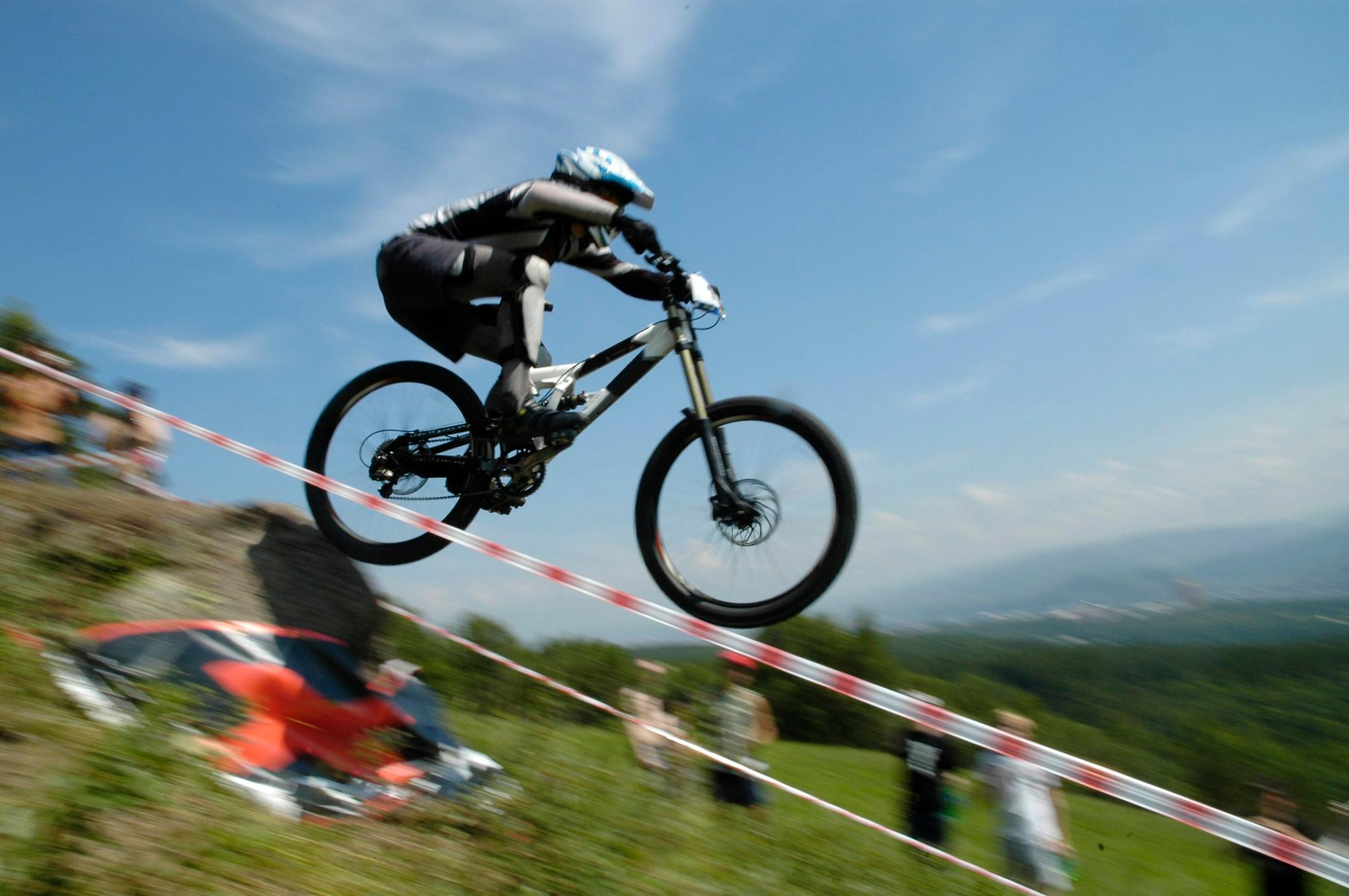 Downhill Mountain Biking Returns to Nordic Valley | Wolf Mountain