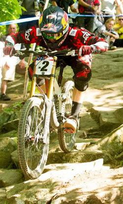 Aaron Gwin Charges at Eastern States Cup DH Race