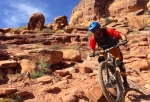 Lance Canfield descends the lower Porcupine Singletrack.