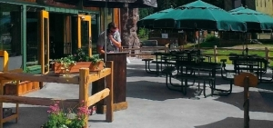 GREAT GRUB: Targhee Dining - The Branding Iron Mountain Grill and Watering Hole